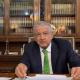 Foto: AMLO firma memorándum para abrogar reforma educativa, 16 de abril de 2019, Ciudad de México