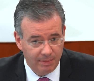 Banxico advierte que persisten riesgos para crecimiento