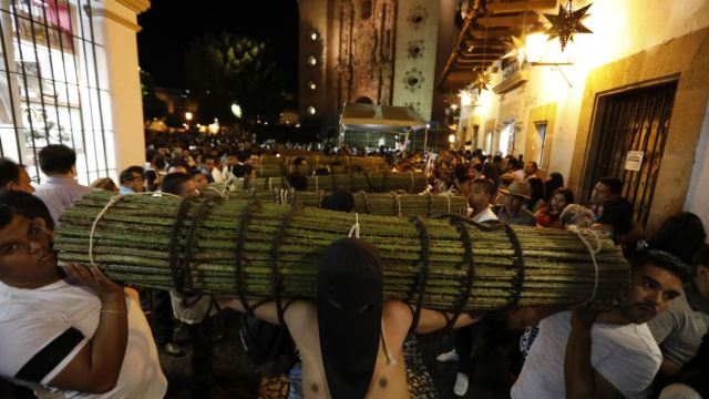Foto Con pasión y fe se vive la Semana Santa en Taxco, Guerrero 19 abril 2019