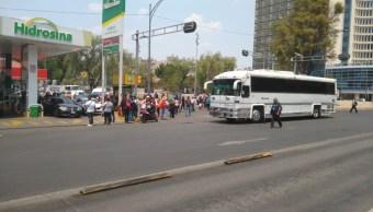 Foto Conato de riña entre integrantes de los 400 Pueblos y trabajadores de Chapingo en CDMX. 2 abril 2019