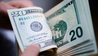 Dólar pierde terreno frente al peso; se vende en 19,11 pesos