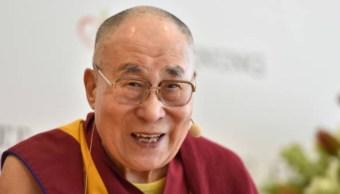 Dalai Lama muestra mejoría tras ser hospitalizado