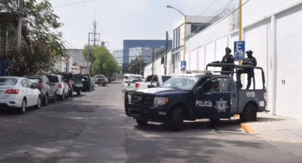 """FOTO Detienen a """"El 76"""", líder del Cártel de Santa Rosa de Lima (Noticieros Televisa abril 2019)"""