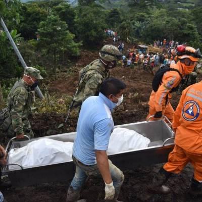 Encuentran momia en entierro colectivo de víctimas de un derrumbe
