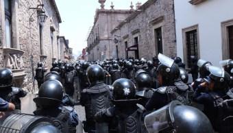 Foto: enfrentamiento entre comuneros de Arantepacua y policías, 5 de abril 2019. Twitter @MICHOACANSSP