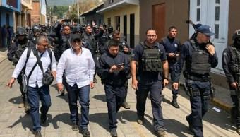 Foto: Elementos de la Secretaria de Seguridad Publica de Michoacán vigilas las calles del municipio de Nahuatzen. El 23 de abril de 2019