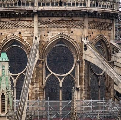 ¿Los vitrales de Notre Dame se rompieron durante el incendio?