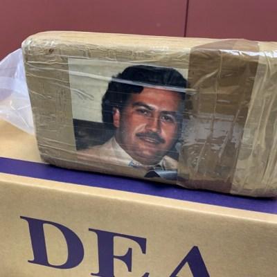 Incautan droga en NY con fotografía de Pablo Escobar