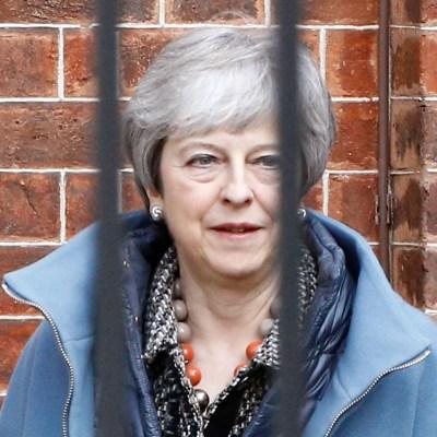 Parlamento británico vuelve a rechazar Brexit de May