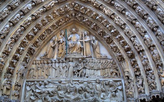 foto notre dame imagenes religiosas talladas