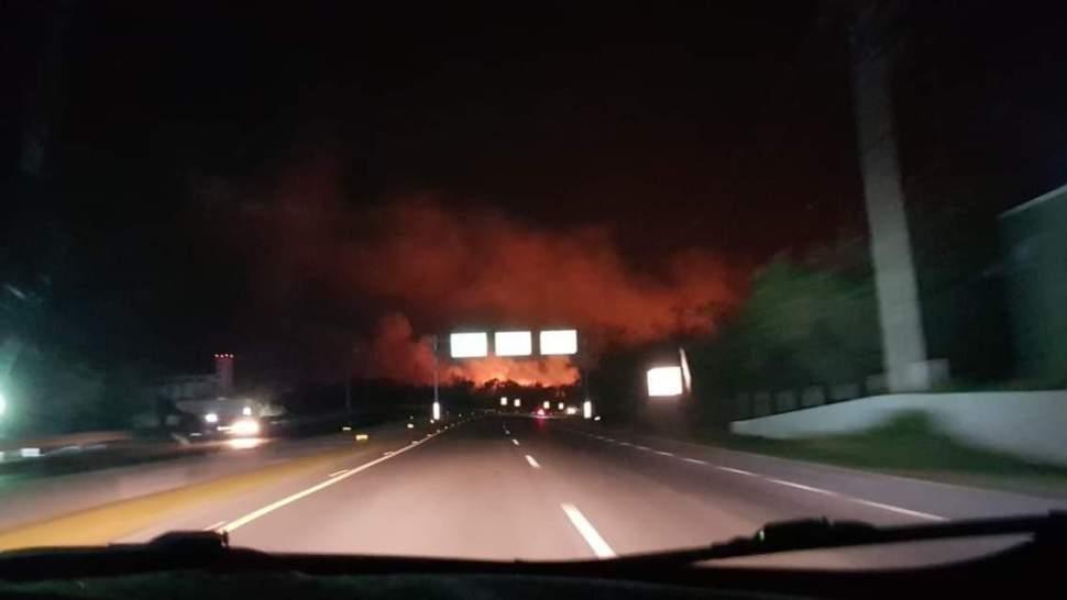 Foto: Incendio consume hectáreas en manglar Los Petenes, Campeche 16 abril 2019
