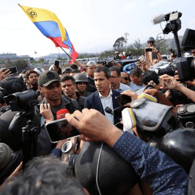 EU insta a Fuerzas Armadas de Venezuela a apoyar levantamiento de Guaidó