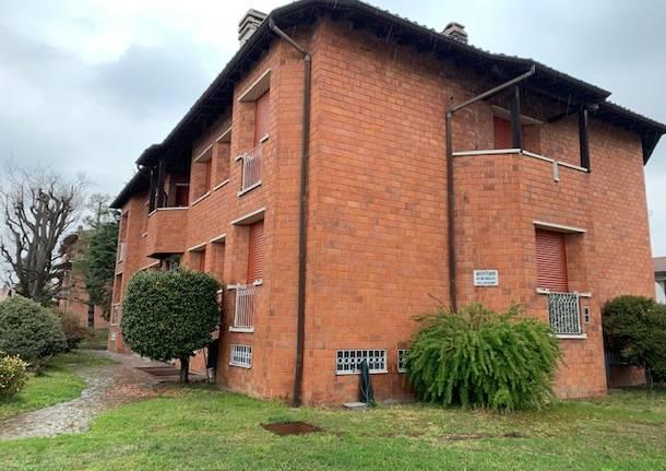 La casa de Genovese, ubicada en un barrio residencial de Como, Italia, donde ocurrieron los hechos a las 7 de la mañana este miércoles (Varese News)