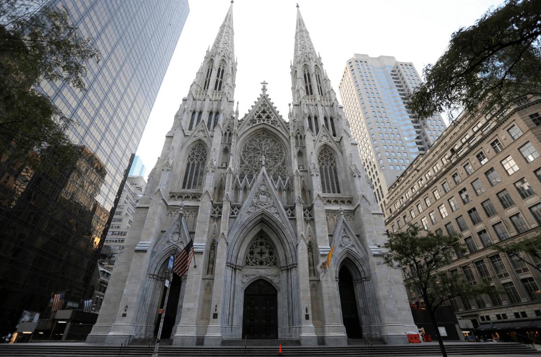 La catedral de San Patricio en Nueva York, 30 de agosto de 2015, Estados Unidos