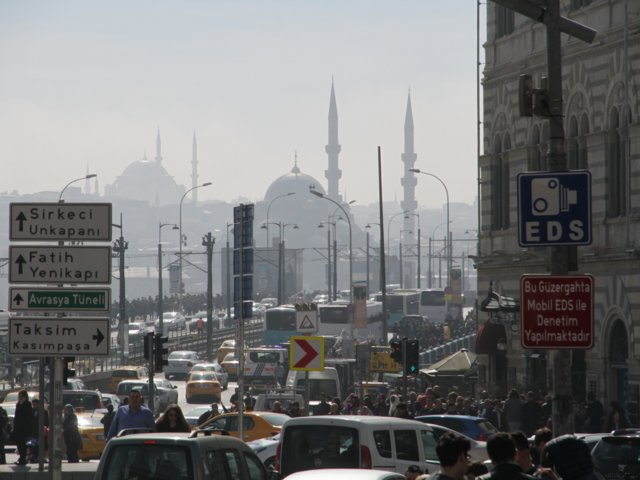 La ciudad de Estambul es el principal punto de tránsito entre Europa y Medio Oriente (Shutterstock)