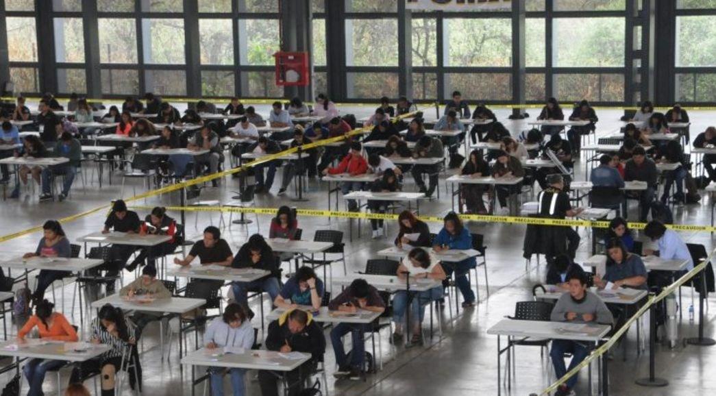 Los 4 jóvenes con mejor puntaje en examen de la UNAM