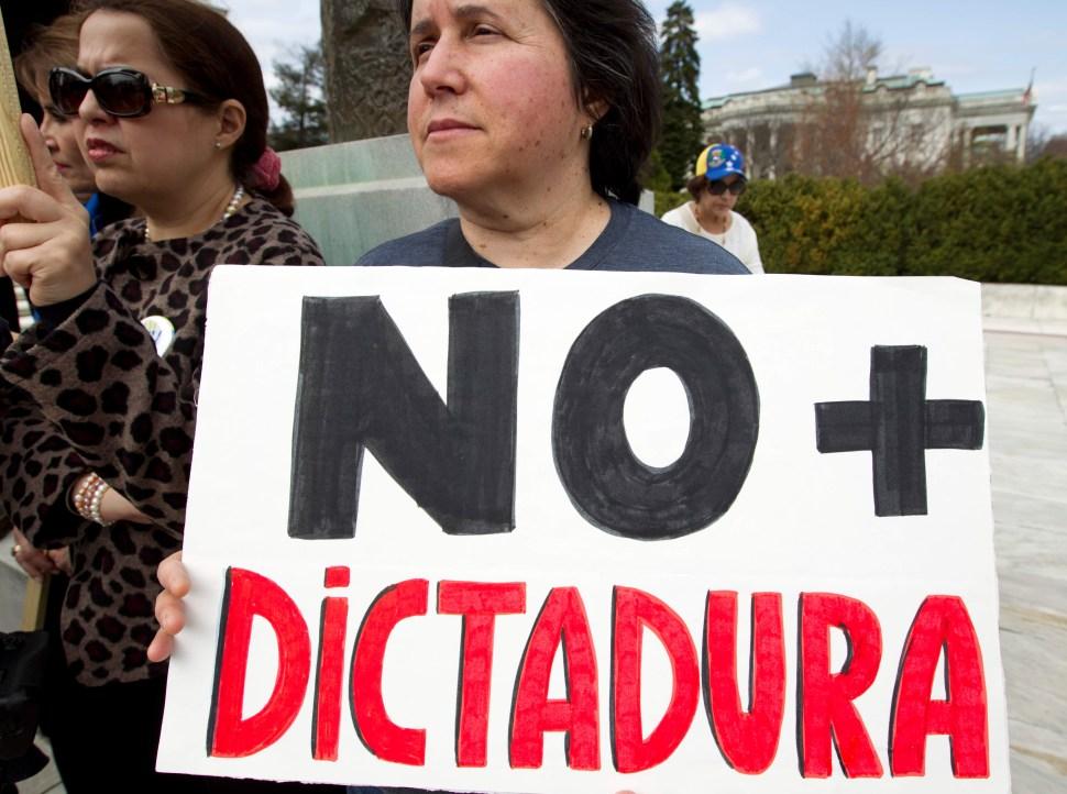 FOTO Venezuela, México y Juan Guaidó, análisis de David Smolansky en Despierta (Noticieros Televisa 8 abril 2019 cdmx)