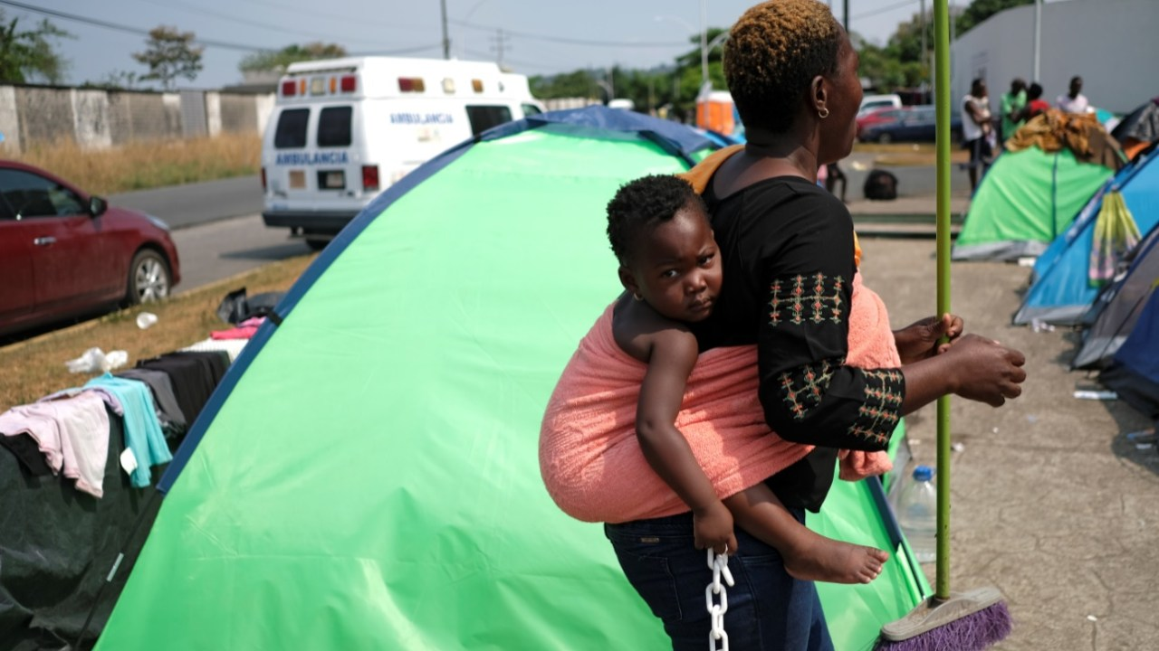 Niños migrantes africanos en Tapachula, enfermos por falta de atención