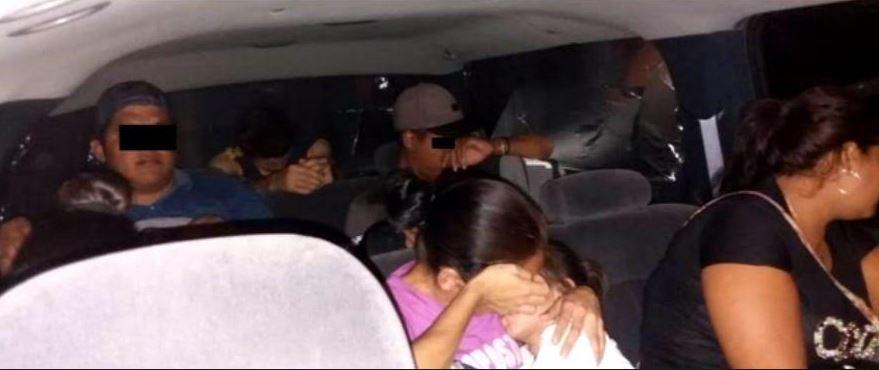 Foto: Los indocumentados fueron puestos a disposición de Instituto Nacional de Migración, el 27 de abril de 2019 (Noticieros Televisa)