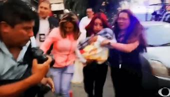 Foto: Momento del rescate de la bebé Nancy Tirzo, 18 de abril de 2019, Estado de México