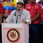 Foto: El presidente Nicolás Maduro ofrece un discurso a miles de simpatizantes, 7 abril 2019