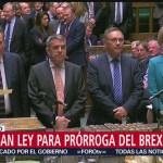 Foto: Parlamento británico aprueba ley que evita Brexit sin acuerdo