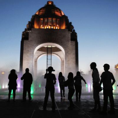 Valle de México con ambiente caluroso y posibles lluvias aisladas