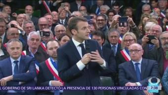 Presidente de Francia anuncia rebaja en impuesto sobre la renta