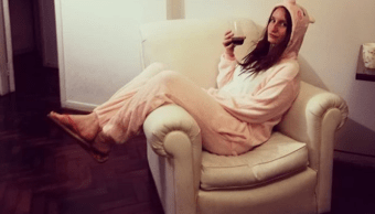 Foto Escuela prohíbe que padres asistan en pijamas o leggins 25 abril 2019
