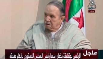 FOTO Renuncia el presidente de Argelia, Abdelaziz Boutefilka, tras 20 años en el poder (AP 3 abril 2019 argel)