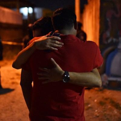 'Mataron a las viejitas que bailaban', relata sobreviviente a ataque en Minatitlán