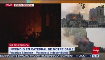 Foto: Suman 5 horas de trabajos para sofocar incendio en Notre Dame