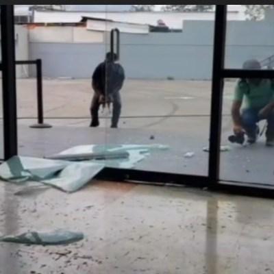CETEG vandaliza Congreso de Guerrero; exige abrogación de reforma educativa