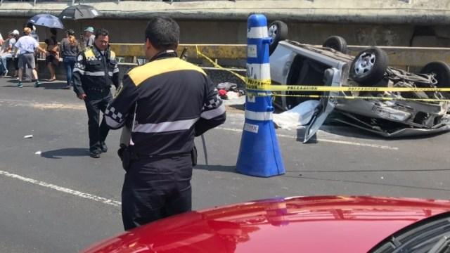 Foto: Una persona muere tras volcadura en carriles centrales de Periférico Sur y la México-Xochimilco, abril 21 de 2019 (Twitter: @A_marquez7)