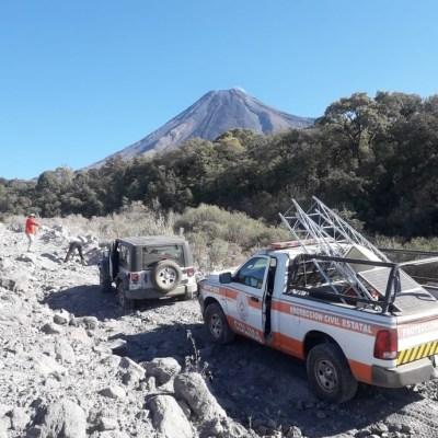 Instalan estación de GPS en barranca cercana al Volcán de Fuego de Colima