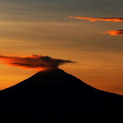 Alerta por volcán Popocatépetl impacta a comerciantes