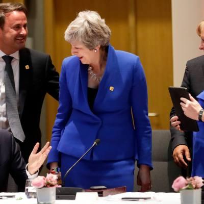 Unión Europea prorroga el Brexit al 31 de octubre; Theresa May acepta
