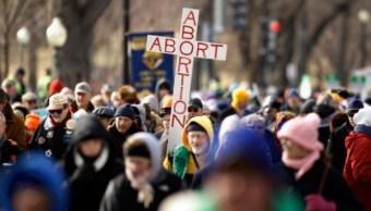 Senado de Missouri prohíbe el aborto a partir de 8 semanas