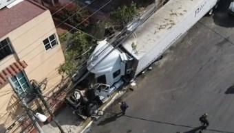 Vinculan a proceso al chofer de tráiler que provocó accidente en Santa Fe; pudo frenar