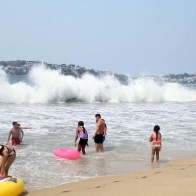 Turista de la CDMX muere ahogado en playa de Acapulco