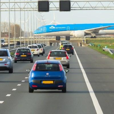 Ámsterdam prohibirá coches de combustión a partir de 2030
