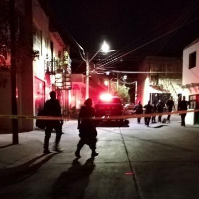 Hombres armados asesinan a tres personas en Jalisco