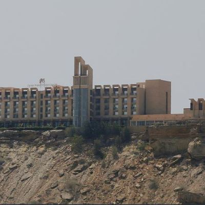 Suman 8 muertos y 6 heridos en ataque a hotel en Pakistán