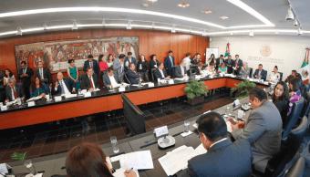 Reforma educativa, aprobada en comisiones del Senado de la República