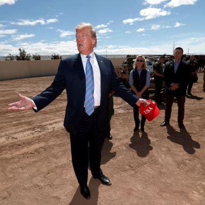 Inmigrantes legales podrían ser deportados con nueva propuesta de Trump