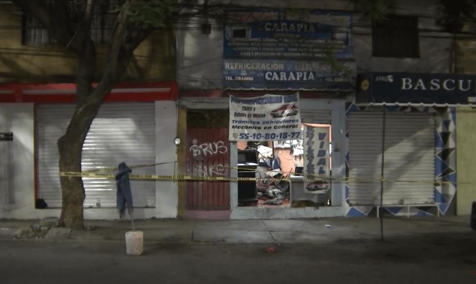 Foto: Dos hombres mueren al interior de un taller mecánico, 20 de mayo de 2019, Ciudad de México