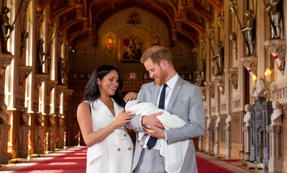 Foto Duques de Sussex presentan a su primer hijo en Windsor 8 mayo 2019