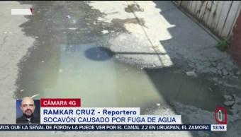 FOTO: Fuga de agua causa socavón en la alcaldía Álvaro Obregón, 27 MAYO 2019