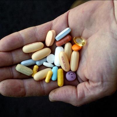 IMSS denuncia robo de medicamentos para VIH