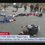 Jóvenes protestan contra contaminación ambiental en CDMX
